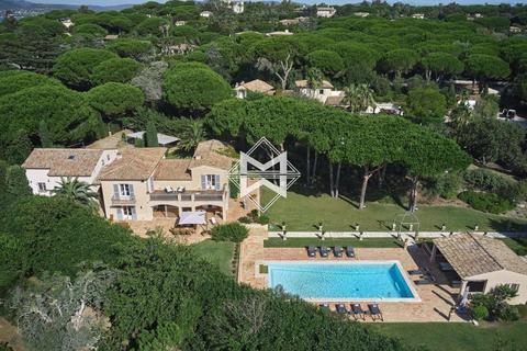 9 bedroom house - L'Abergement-de-Varey, 01640, France