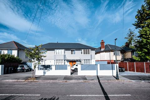 4 bedroom detached house for sale - Stokewood Road, Bournemouth,