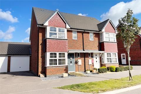 3 bedroom semi-detached house for sale - Randall Way, Littlehampton