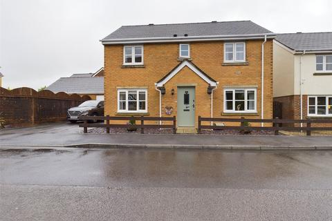 4 bedroom detached house for sale - Lakeside Way, Nantyglo, Ebbw Vale, Gwent, NP23