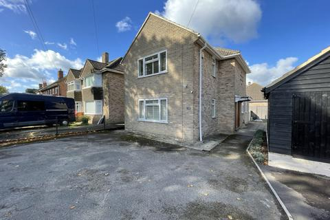 2 bedroom detached house for sale - PRIORS ROAD, GL52