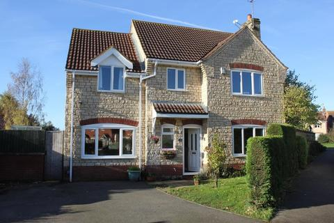 4 bedroom detached house to rent - Harrington Road, South Witham, NG33