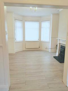 2 bedroom terraced house to rent - Fairfield Street, Salford