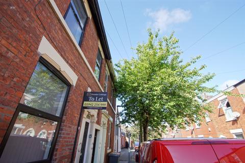 6 bedroom terraced house for sale - Wellington Street, Preston PR1 8TQ