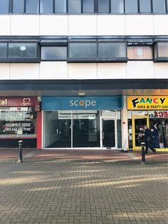 Retail property (high street) to rent - 10 Princes Street, Stafford, Staffordshire, ST16 2BN