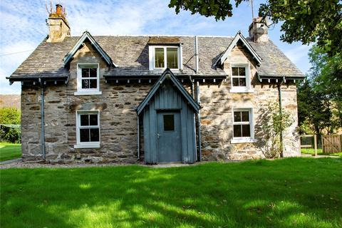 2 bedroom detached house for sale - Dalnabo Farmhouse, Ballinluig, Pitlochry