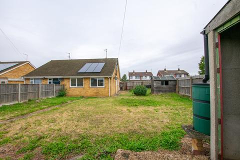 3 bedroom semi-detached bungalow for sale - Woodhurst Road, Stanground, Peterborough, PE2