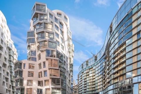 1 bedroom apartment for sale - Battersea Roof Gardens, Battersea Power Station, London