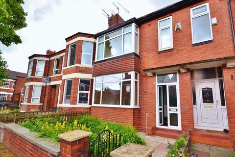 3 bedroom terraced house to rent - Penelope Road, Salford