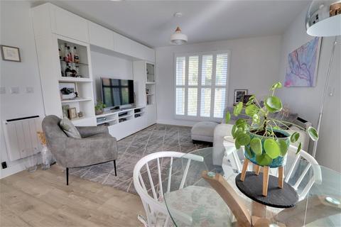 2 bedroom apartment for sale - Fairfield Way, Keynsham, Bristol