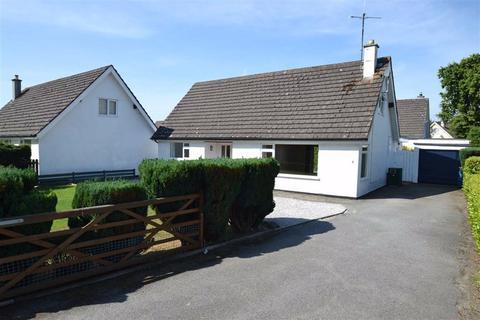 4 bedroom detached bungalow for sale - Llanfaes Parc, Beaumaris, Anglesey
