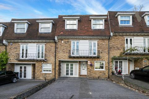 4 bedroom townhouse for sale - High Elms, Chigwell