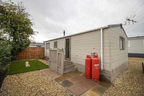 2 bedroom park home for sale - Tewkesbury Road, Norton