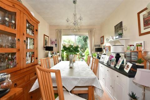 3 bedroom terraced house for sale - Wellesley Road, Ilford, Essex