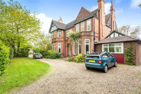 2 bedroom apartment to rent - Brackley Road, Beckenham, Kent, BR3