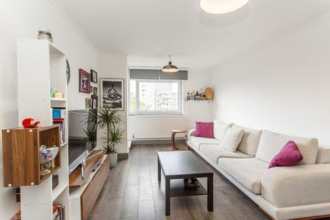 2 bedroom flat for sale - Rhodeswell Road, E14
