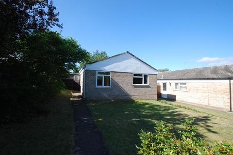 3 bedroom bungalow to rent - Sherborne Road, Bury St Edmunds