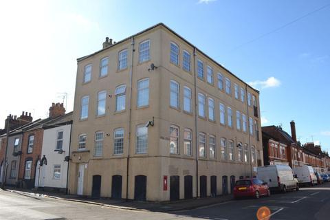 2 bedroom flat to rent - Shakespeare Road, The Mounts, Northampton NN1 3QG