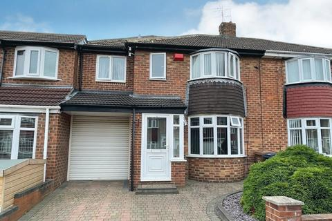 4 bedroom semi-detached house to rent - Stainton Grove, Seaburn Dene