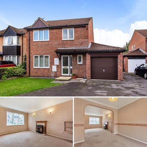 3 bedroom detached house to rent - Isis Avenue,  Bicester,  OX26