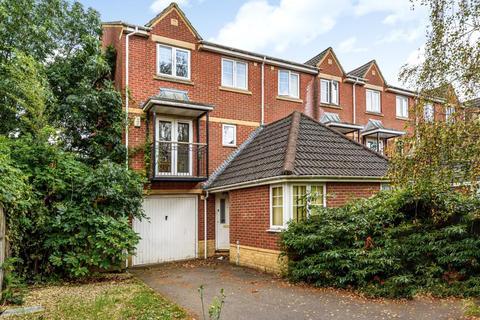 4 bedroom townhouse to rent - Troy Close,  Headington,  OX3