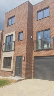 3 bedroom townhouse to rent - Starling Street, Swansea, SA1
