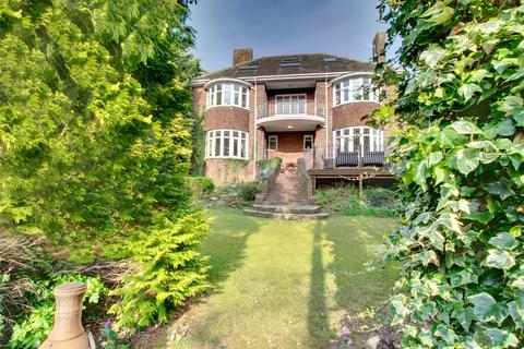 6 bedroom semi-detached house for sale - Low Fell
