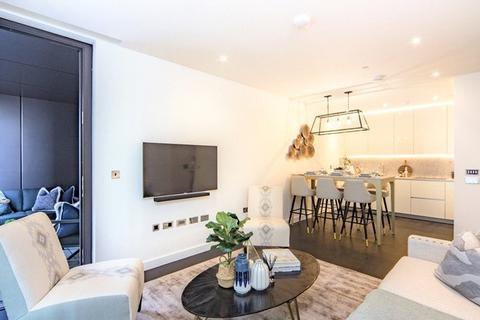 2 bedroom apartment to rent - Thornes House, 4 Charles Clowes Walk, SW11