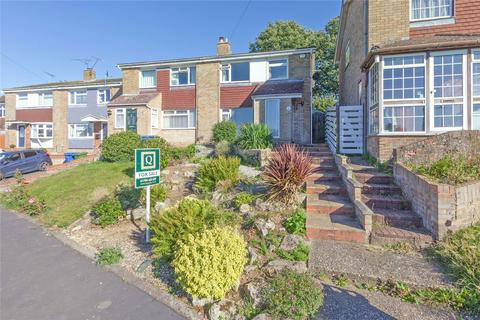 3 bedroom semi-detached house for sale - Fairleas, Sittingbourne, ME10