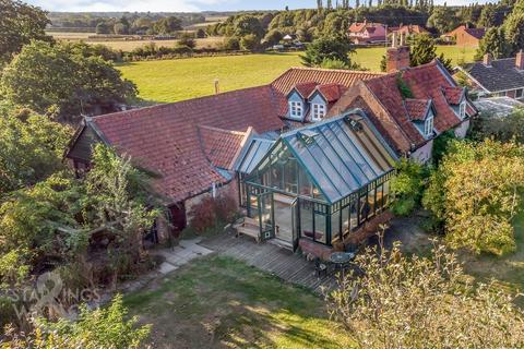4 bedroom farm house for sale - Dun Cow Road, Aldeby, Beccles