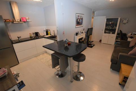 1 bedroom ground floor flat for sale - Wickham Road, Croydon