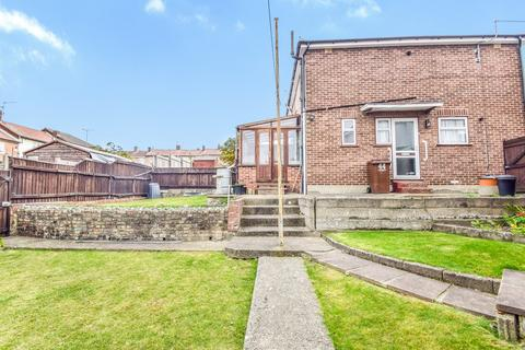 3 bedroom semi-detached house for sale - Carton Close, Rochester, ME1