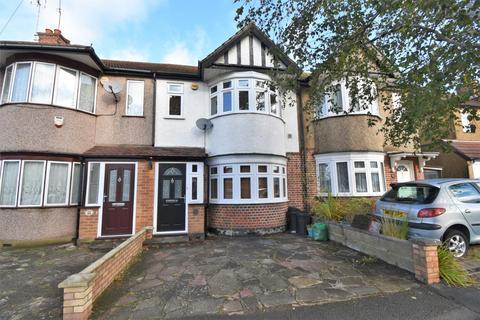 3 bedroom terraced house to rent - Beverley Road, Ruislip, HA4
