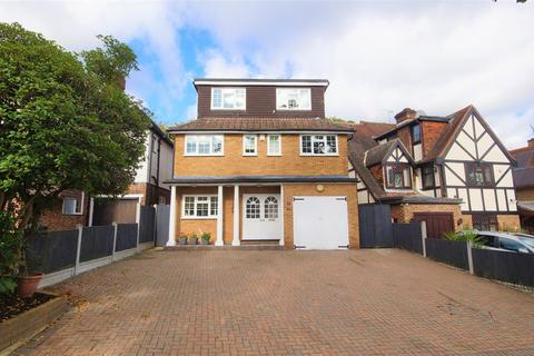 5 bedroom detached house for sale - Monkhams Lane, Woodford Green