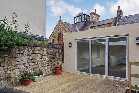 3 bedroom flat to rent - Bondgate Without, Alnwick, Northumberland, NE66 1PR