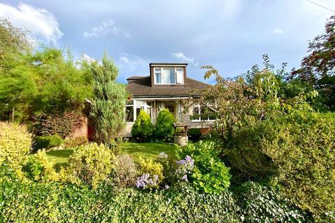 4 bedroom detached house to rent - Park Grove, Bexleyheath DA7 6AA