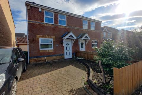 3 bedroom semi-detached house to rent - Hazel Road, Gateshead
