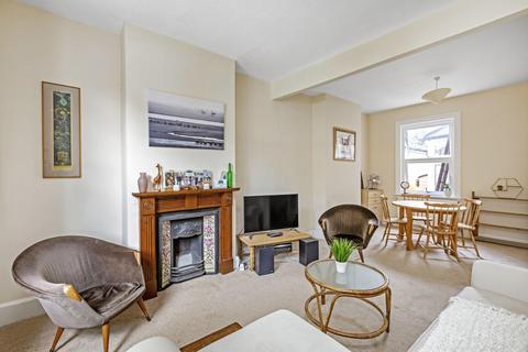 2 bedroom terraced house to rent - Archdale Road, London SE22