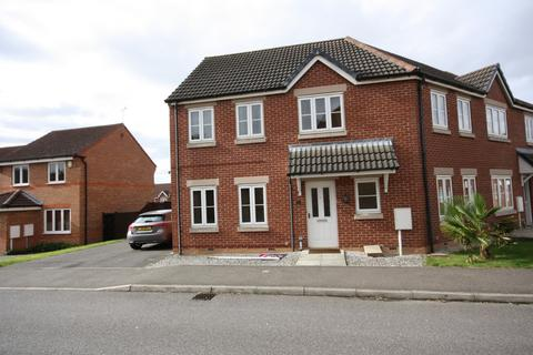3 bedroom terraced house to rent - Mercer Drive, St George'S Park, Lincoln, Lincolnshire, LN1