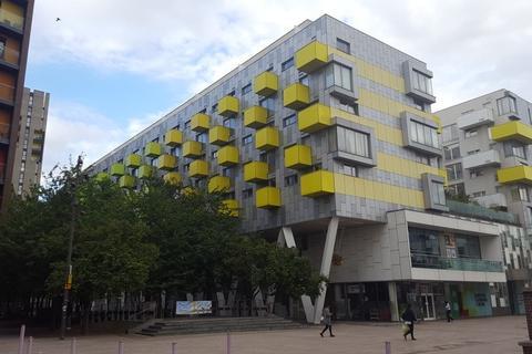 1 bedroom flat to rent - The Roapworks, London, IG11