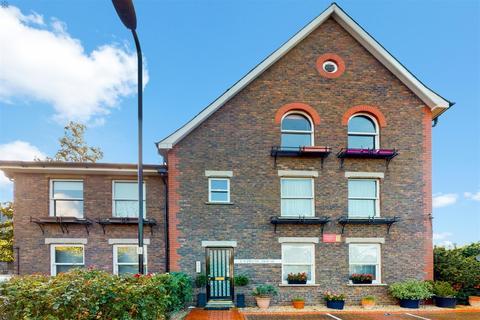 1 bedroom flat for sale - Cypress House , Alders Close , London, W5 4JF