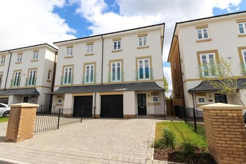 3 bedroom apartment for sale - Cloister Way, Leamington Spa, CV32
