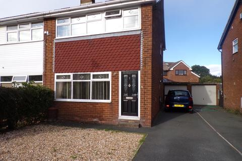 3 bedroom semi-detached house for sale - Sandringham Close, Clayton, Bradford