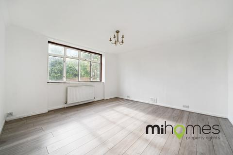 3 bedroom apartment to rent - Woodside Road, Wood Green