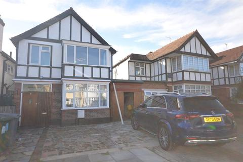 4 bedroom detached house to rent - Hollycroft Avenue, Wembley, Middlesex, HA9 8LF