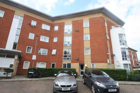 2 bedroom flat to rent - Albatross Close, Beckton, London