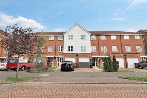 4 bedroom house to rent - Chambers Grove, Welwyn Garden City