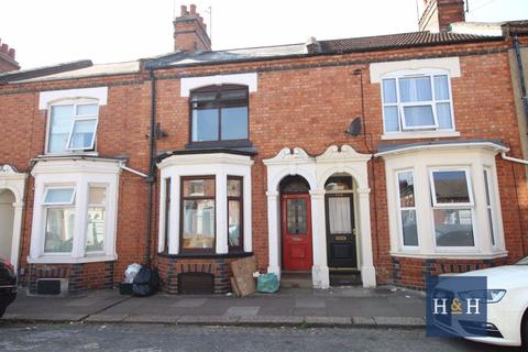 3 bedroom house to rent - WYCLIFFE ROAD, ABINGTON - NN1