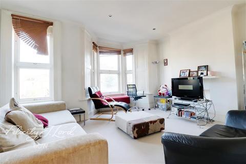 3 bedroom flat to rent - Carnarvon Road, Stratford, E15