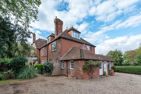 2 bedroom flat for sale - Walton House, Walton Lane, Bosham, PO18